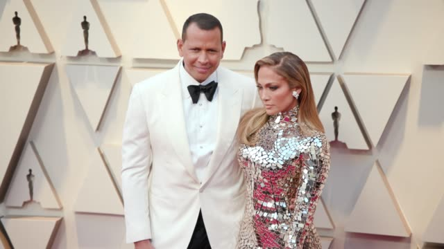alex rodriguez and jennifer lopez at ther 91st academy awards arrivals at dolby theatre on february 24 2019 in hollywood california - ジェニファー・ロペス点の映像素材/bロール