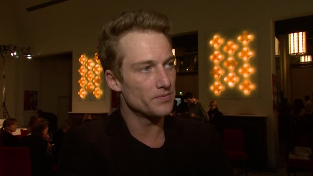Alexander Fehling on the selection process of 'Shooting Stars' about his role in 'Wer wenn nicht wir' at the Shooting Starts Interview