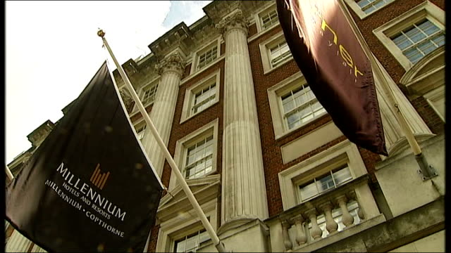 alexander litvinenko poisoning: andrei lugovoi implicates mi6; england: london: ext millennium hotel - mi6点の映像素材/bロール