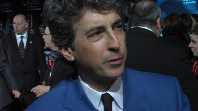 vídeos de stock, filmes e b-roll de alexander payne on casting george clooney wanting to work with him at the the descendants gala premiere 55th bfi london film festival at london... - alexander payne