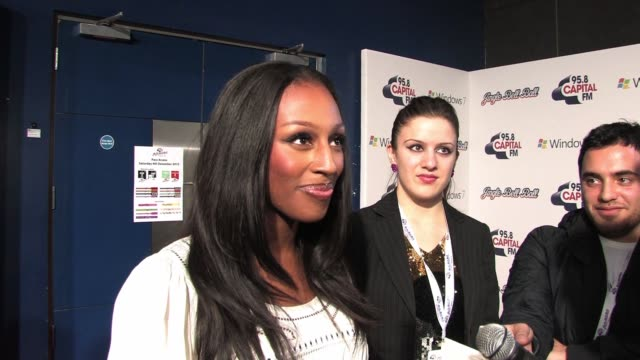 stockvideo's en b-roll-footage met alexandra burke talks about her dance routines and friendship with other xfactor contestants shortly before taking the stage to perform at 958... - spelkandidaat