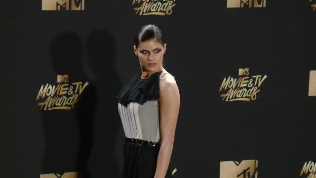 Alexandra Daddario at the 2017 MTV Movie TV Awards Red Carpet Arrivals on May 07 2017 in Los Angeles California