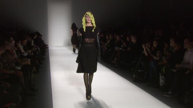 alexandre herchcovitch - mercedes benz fashion week fall 2011, new york, ny, united states, a. - イベントまとめ動画点の映像素材/bロール