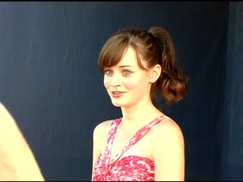 alexis bledel at the 2005 teen choice awards exclusive on-site portrait studio at the universal amphitheatre in universal city, california on august... - alexis bledel stock videos & royalty-free footage