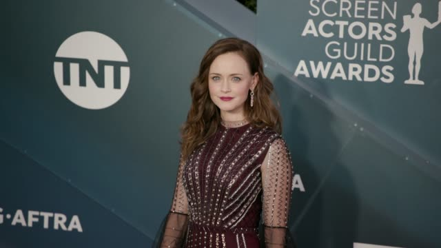 alexis bledel at the 26th annual screen actorsguild awards - arrivals at the shrine auditorium on january 19, 2020 in los angeles, california. - alexis bledel stock videos & royalty-free footage
