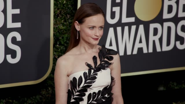 alexis bledel at the 75th annual golden globe awards at the beverly hilton hotel on january 07, 2018 in beverly hills, california. - the beverly hilton hotel stock videos & royalty-free footage