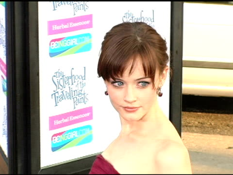 alexis bledel at the 'the sisterhood of the traveling pants' world premiere at grauman's chinese theatre in hollywood, california on may 31, 2005. - alexis bledel stock videos & royalty-free footage