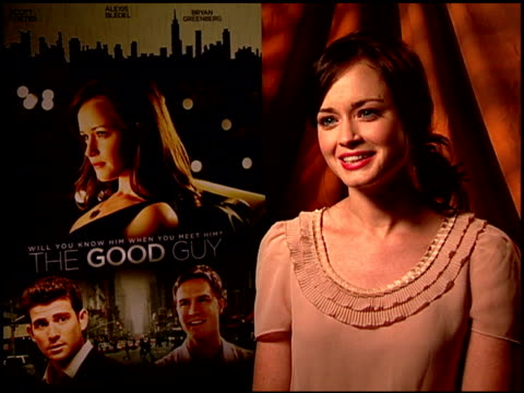 alexis bledel on if living in new york while going to nyu helped her to understand the culture and dating scene. at the 'the good guy' junket at los... - alexis bledel stock videos & royalty-free footage
