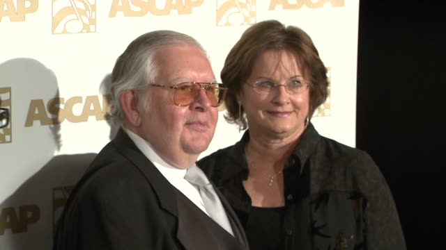 vidéos et rushes de alf clausen and guest at the ascap film and tv music awards at the kodak theatre in hollywood california on april 17 2007 - ascap