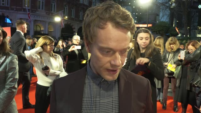 alfie allen on doing comedy, cast reaction to the oscar buzz and an audience award at the toronto international film festiva on october 05, 2019 in... - toronto international film festival stock videos & royalty-free footage