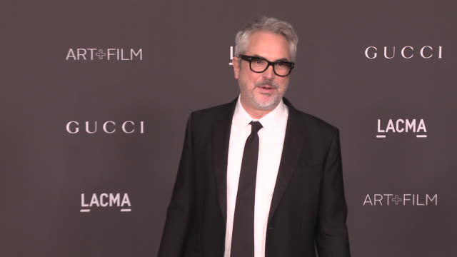 alfonso cuarón at the 2019 lacma artfilm gala honoring betye saar and alfonso cuaron and presented by gucci at lacma on november 02 2019 in los... - alfonso cuaron stock videos & royalty-free footage