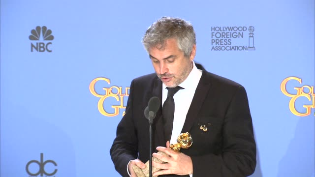interview alfonso cuarón at the 71st annual golden globe awards press room at the beverly hilton hotel on in beverly hills california - alfonso cuaron stock videos & royalty-free footage