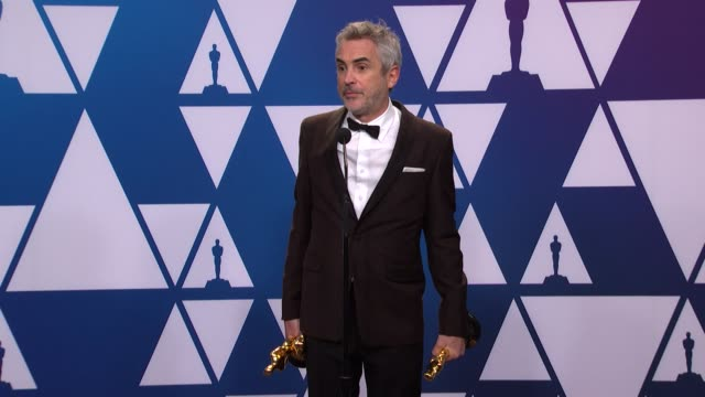 speech alfonso cuarón at the 91st academy awards press room at dolby theatre on february 24 2019 in hollywood california - 未加工点の映像素材/bロール