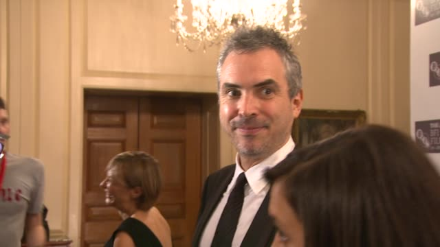 alfonso cuaron at the star of london awards london film festival 2009 at london england - alfonso cuaron stock videos & royalty-free footage