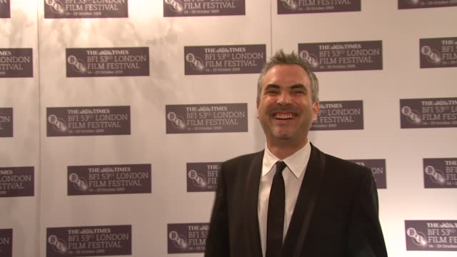 Alfonso Cuaron on giving out the Sutherland Award tonight on original and imaginative films on how these films change cinema on how films are based...
