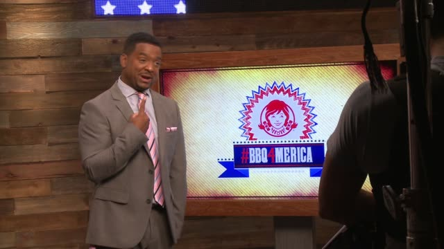 Alfonso Ribeiro Partners with Wendy's and Hosts a 24Hour #BBQ4merica TweetaThon in Los Angeles on
