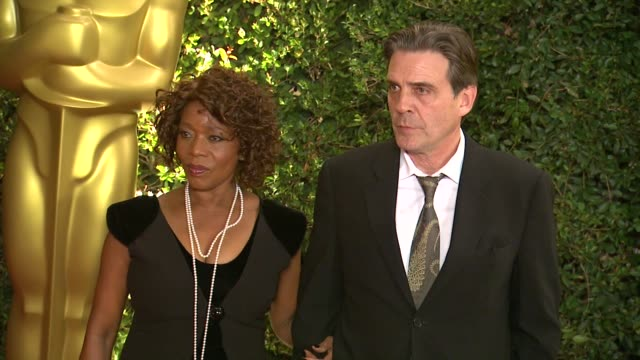 alfre woodard at academy of motion picture arts and sciences' governors awards in hollywood ca on - 映画芸術科学協会点の映像素材/bロール