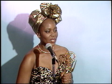 alfre woodard at the 1987 emmy awards inside at the pasadena civic auditorium in pasadena california on september 20 1987 - 1987 stock videos & royalty-free footage