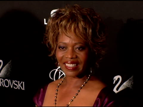 alfre woodard at the costume designer's awards at the beverly hilton in beverly hills california on february 25 2006 - alfre woodard stock videos & royalty-free footage