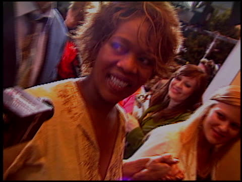 alfre woodard at the 'star wars: episode iii - revenge of the sith' premiere on may 12, 2005. - アルフレ・ウッダード点の映像素材/bロール