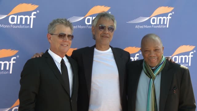 vidéos et rushes de clean alfred mann foundation's an evening under the stars with andrea bocelli in los angeles ca - andrea bocelli
