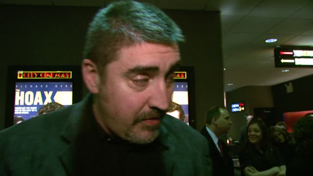 alfred molina on playing clifford irving's cohort his portrayal of the character and working with richard gere for the first time at the 'the hoax'... - alfred molina stock videos & royalty-free footage