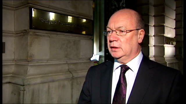 fears for safety of hostages after troops storm gas facility england london alistair burt mp interview sot we should be under no illusion that here... - アルジェリア人質事件点の映像素材/bロール