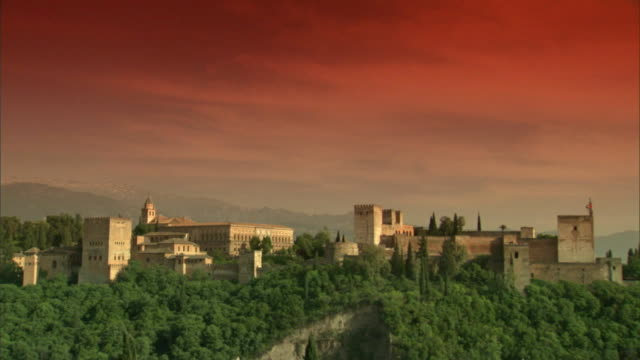 WS, Alhambra castle at sunset, Granada, Andalusia, Spain