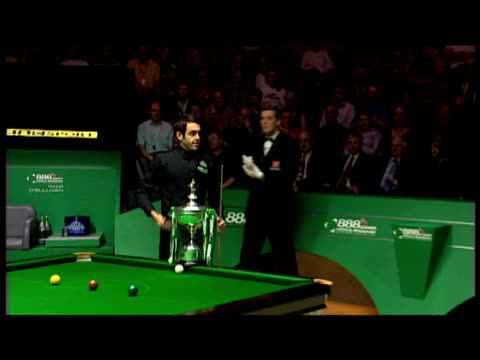 ali carter and ronnie o'sullivan shake hands before world snooker championship final the crucible 04 may 2008 - pool cue sport stock videos & royalty-free footage