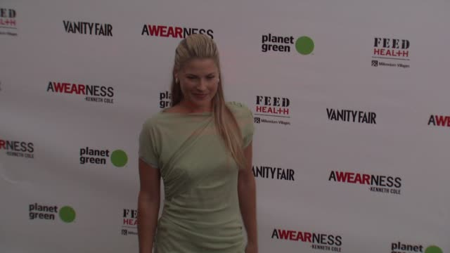 ali larter at the kenneth cole awearness feed projects celebrate the feed health backpack at santa monica ca - ali larter stock videos and b-roll footage
