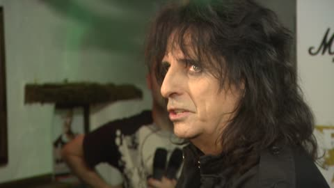 stockvideo's en b-roll-footage met alice cooper at the classic rock roll of honour 2008 nominations launch at london . - alice cooper
