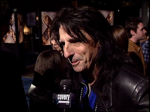 stockvideo's en b-roll-footage met alice cooper at the 'x2: x-men united' premiere at grauman's chinese theatre in hollywood, california on april 28, 2003. - alice cooper