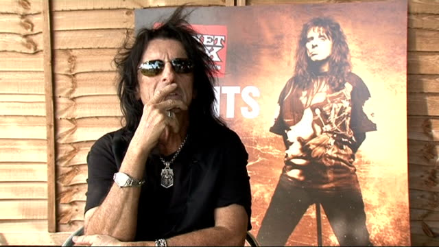 Alice Cooper interview Alice Cooper interview SOT On being a judge / trying to see the best in things / difference between heavy rockers and pop...