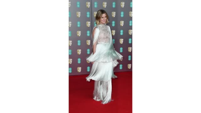 gif alice eve at ee british academy film awards 2020 red carpet arrivals at royal albert hall on february 2 2020 in london england - 英国アカデミー映画賞点の映像素材/bロール