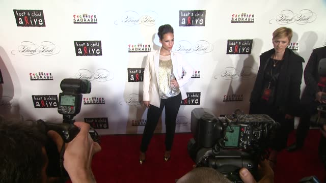 alicia keys at the keep a child alive's 8th annual black ball red carpet at new york ny - alicia keys stock videos and b-roll footage