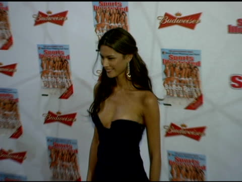 aline nakashima at the 2006 sports illustrated swimsuit issue photocall at crobar in new york new york on february 14 2006 - sports illustrated swimsuit issue stock videos & royalty-free footage