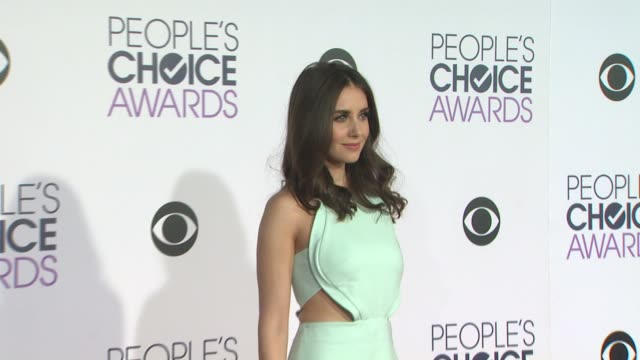 Alison Brie at the People's Choice Awards 2016 at Nokia Plaza LA LIVE on January 6 2016 in Los Angeles California