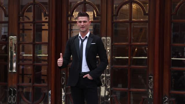 "aljaz skorjanec, poses during the ""here come the boys"" photocall at london palladium on may 25, 2021 in london, england. - イングランド南東部点の映像素材/bロール"
