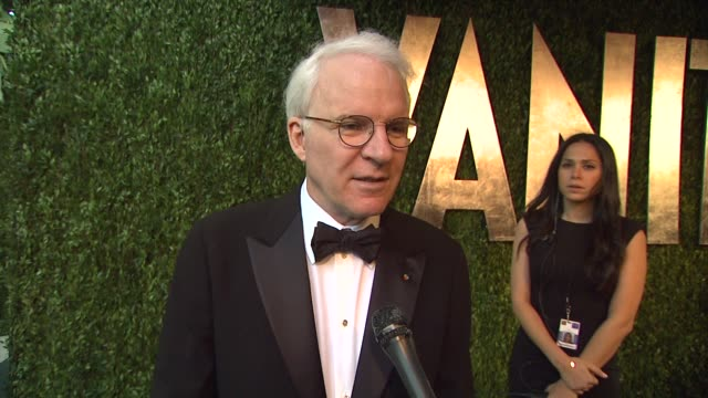 all the time and driving around la 2012 vanity fair oscar party hosted by graydon carter arrivals at sunset tower on february 26 2012 in west... - スティーブ マーティン点の映像素材/bロール