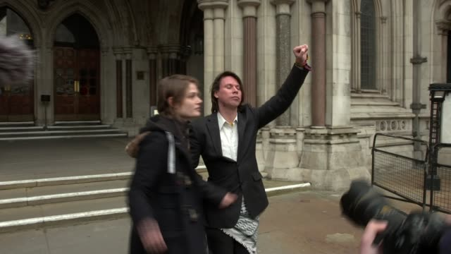 Alleged computer hacker Lauri Love wins extradition appeal ENGLAND London High Court EXT Various of Lauri Love surrounded by press scrum outside High...