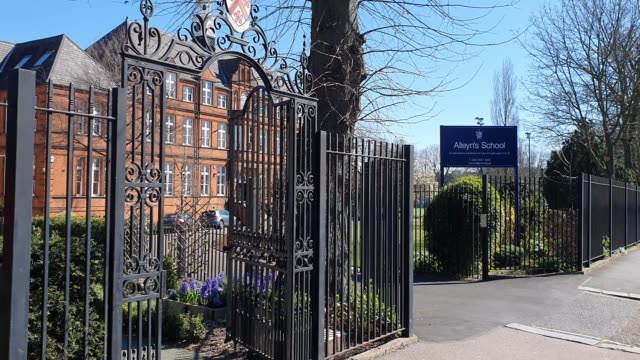 alleyn's school closed during the coronavirus pandemic on march 23 2020 in east dulwich london england - brian dayle coronavirus stock videos & royalty-free footage