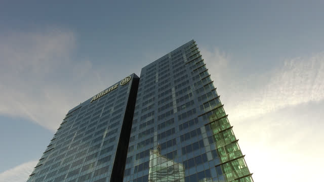 allianz se in the parisian business district of la défense - office block exterior stock videos & royalty-free footage