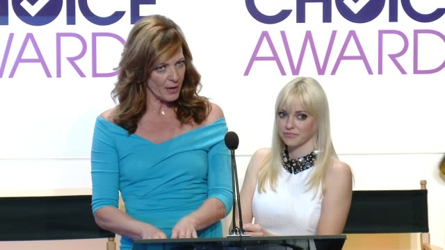 SPEECH Allison Janney Anna Faris at 2015 People's Choice Awards Nominations Announcement at The Paley Center for Media on November 04 2014 in Beverly...
