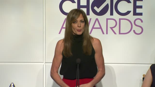 allison janney announces the nominees at the 2014 people's choice awards nominations announcement in beverly hills 11/05/13 - people's choice awards stock videos & royalty-free footage