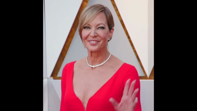 GIF Allison Janney at the 90th Academy Awards