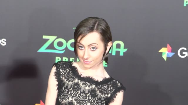 vidéos et rushes de allisyn ashley arm at the zootopia premiere at el capitan theatre in hollywood celebrity sightings on february 17 2016 in los angeles california - cinéma el capitan
