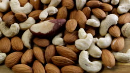 Almond with Mixed Nuts Rotate Closeup