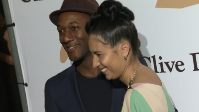 stockvideo's en b-roll-footage met aloe blacc and maya jupiter at the 2016 pregrammy gala and salute to industry icons honoring irving azoff at the beverly hilton hotel on february 14... - irving azoff