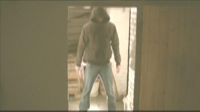 stockvideo's en b-roll-footage met alone in the cellar... - bijl