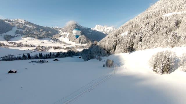 alpen im winter - dekoration stock-videos und b-roll-filmmaterial